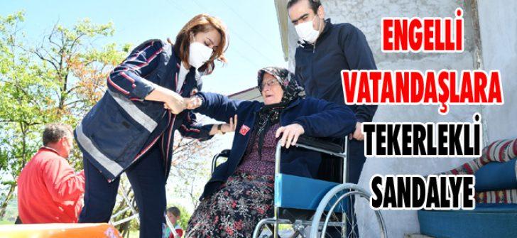 Engelli Vatandaşlara Tekerlekli Sandalye
