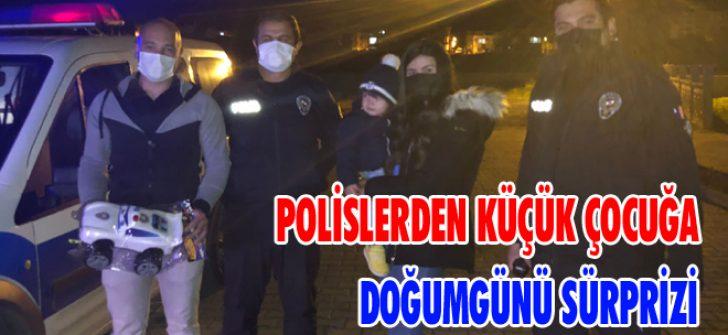 Polislerden Küçük Çocuğa Doğumgünü Sürprizi